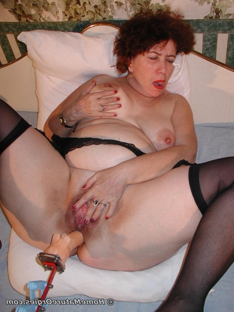 Секс игрушки одинокой дамочки