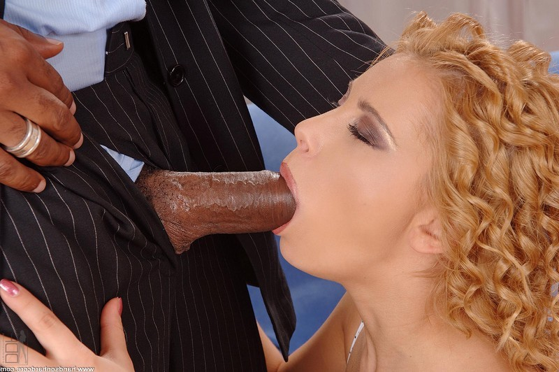 Luba Love с большим чёрным парнем