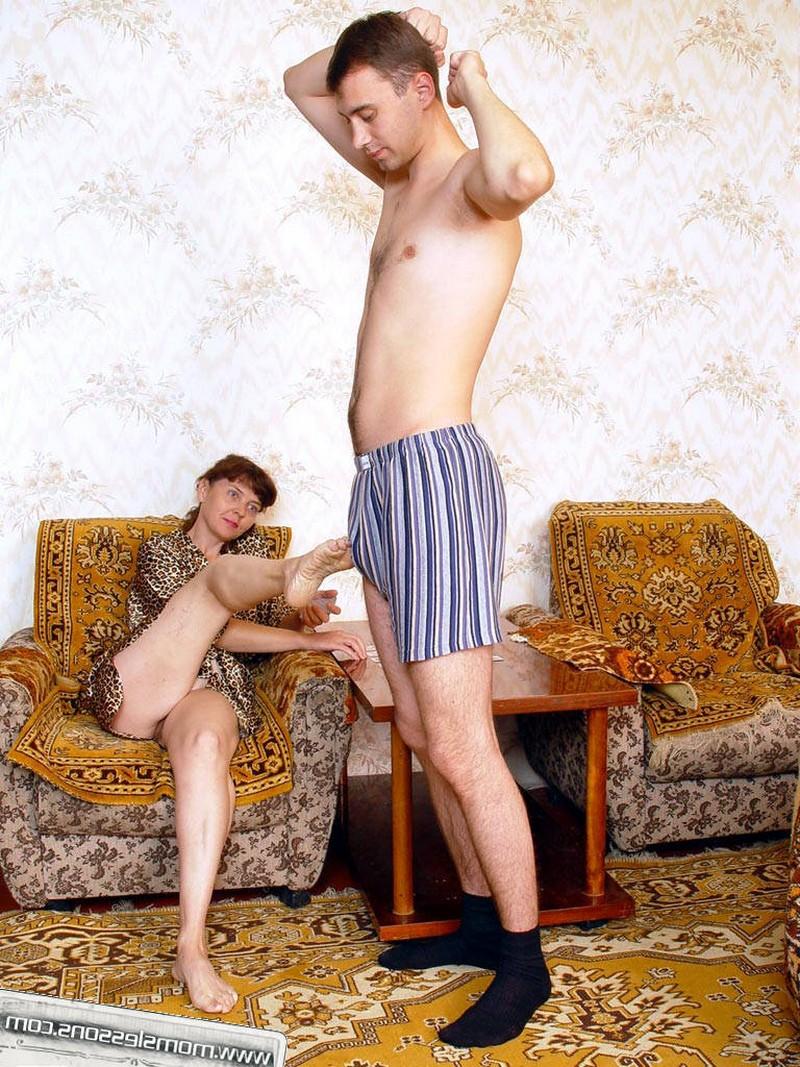 Зрелой киске захотеось мужского внимания