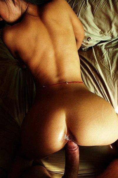 Распаленные сексом развратницы дают во все дырки