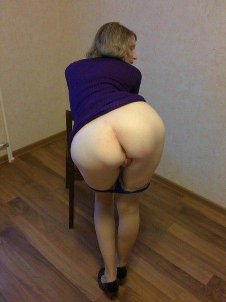 Голые задницы одиноких домохозяек