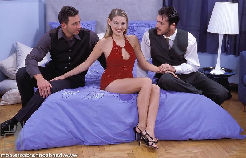 Элегантная Victoria Swinger выбивает мужу повышение